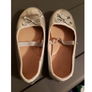Girls gold flats perfect condition size 11
